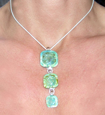3 Square Glass Pendants Chain